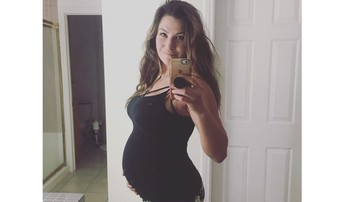 2018-03-20 Była mistrzyni UFC walczyła w zaawansowanej ciąży z wielkim psem